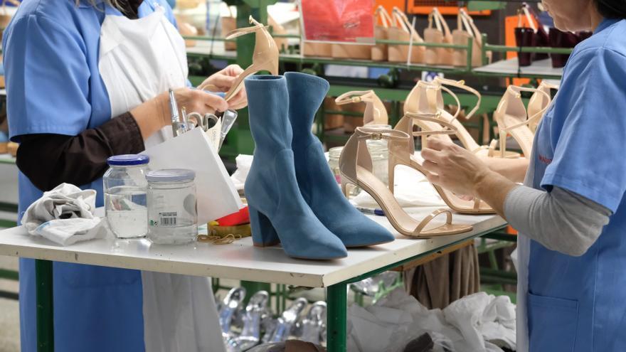 Si trabajas en el calzado, estas son las nuevas tablas salariales