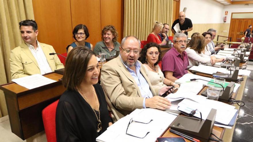 El PSOE lamenta que el Ayuntamiento cobre recargo por los recibos de los impuestos municipales aplazados