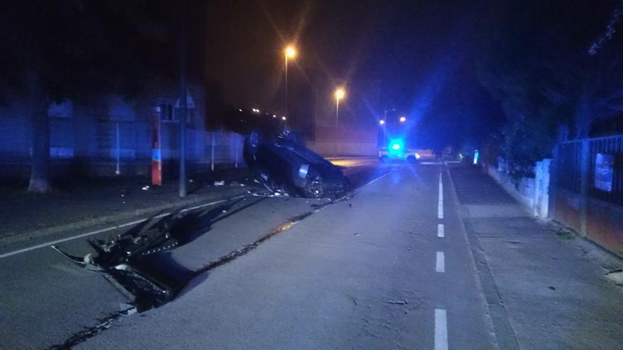 Cierran durante 3 horas la carretera a San Cristóbal por un accidente con heridos