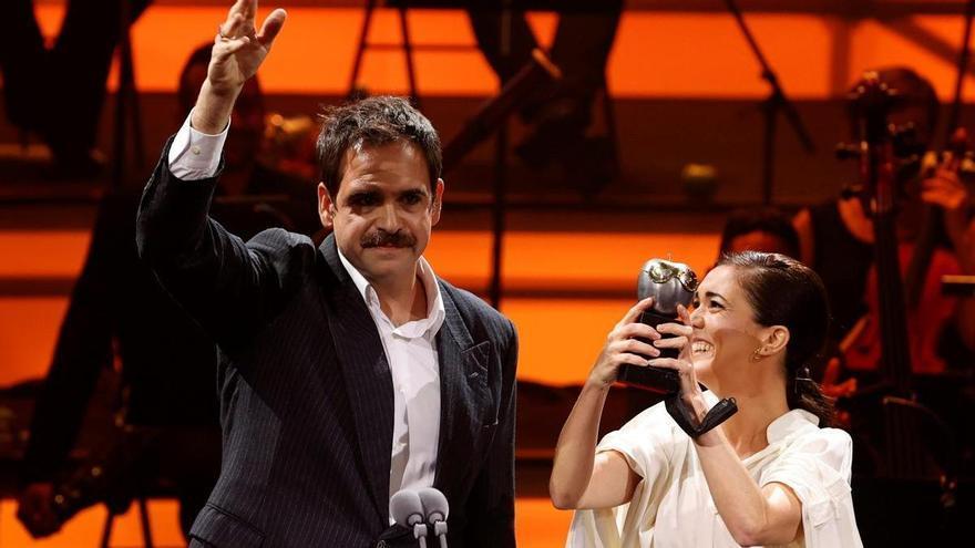'Con lo bien que estábamos' gana el Max a Mejor labor de producción y el de Mejor composición musical
