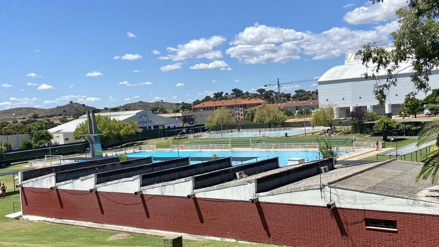 Reabre la piscina municipal de Plasencia