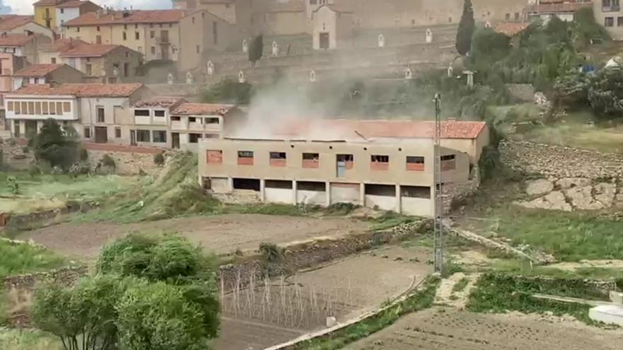 Un tornado sorprende a los vecinos de Vilafranca del Cid