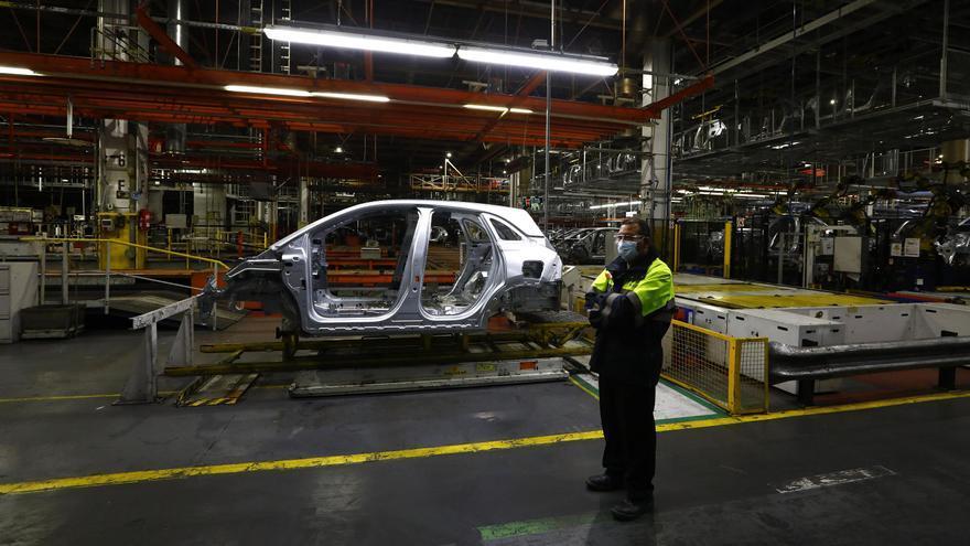 Stellantis y sindicatos llegan a un acuerdo sobre el erte de 50 jornadas para los trabajadores de producción
