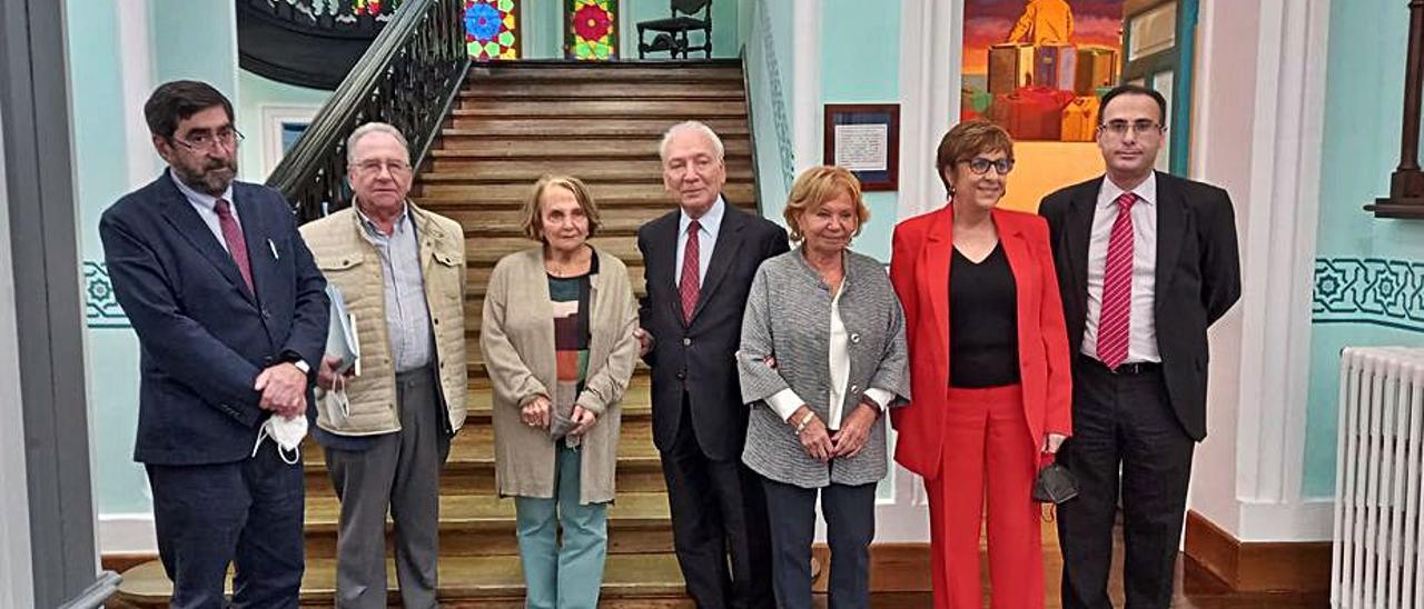 Santiago González, José David Vigil, Paz Fernández Felgueroso, Francisco Rodríguez, María Antonia Fernández Felgueroso, Begoña Serrano y Jesús Bordás.