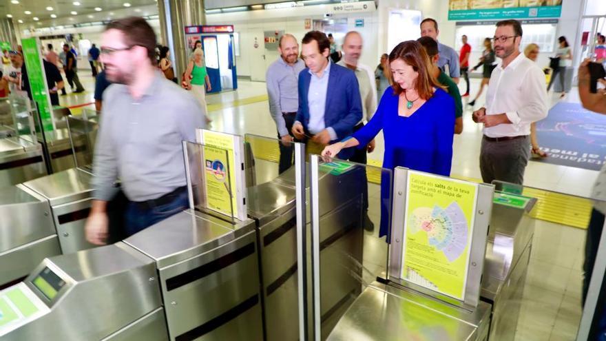 Palmas Einwohner können ab sofort mit Bürgerkarte Metro fahren