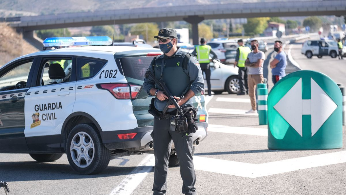 Imagen de un control de la Guardia Civil en la provincia de Alicante