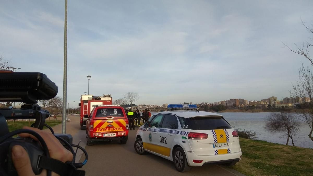 La UME halla un cadáver en el río Guadiana a su paso por Badajoz