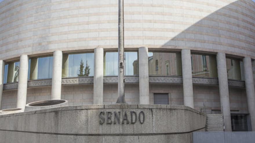 El Senado aprueba tramitar una Ley para bajar al 4% el IVA de la dependencia