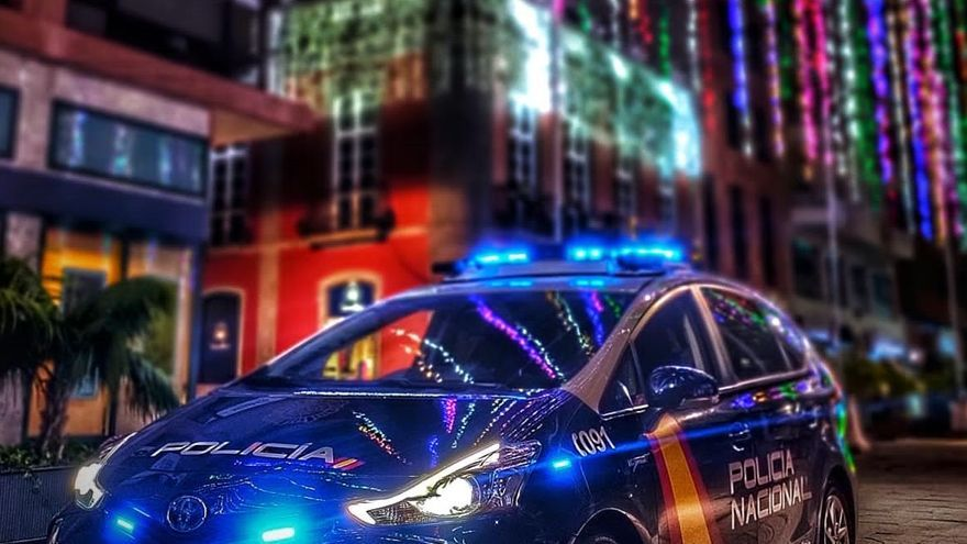 La Policía Nacional aumenta el número de efectivos en las zonas comerciales