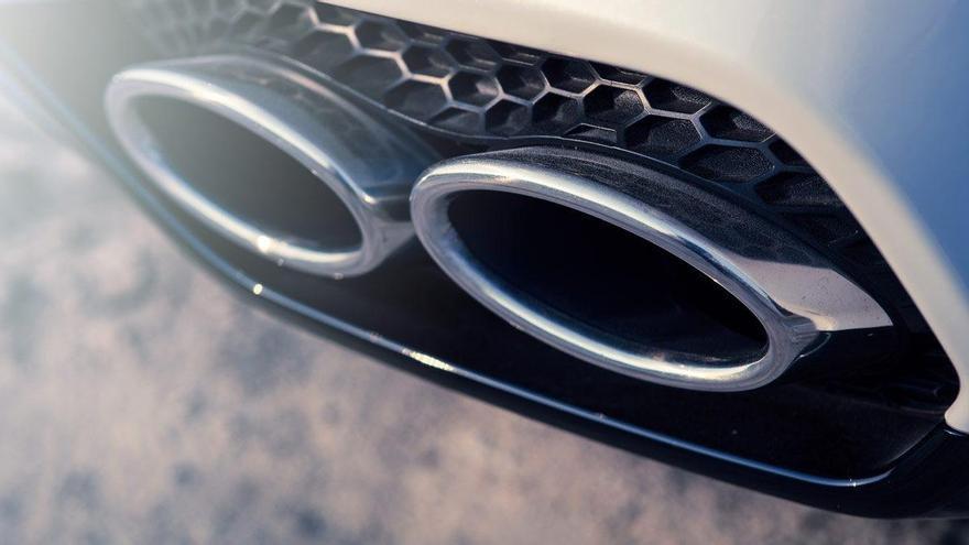 Toque de atención de Europa a las marcas de coches por las emisiones