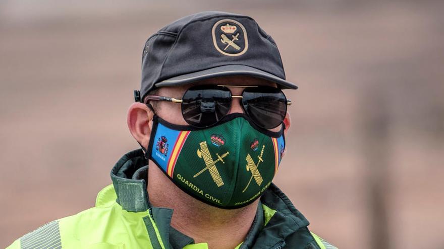 Dos detenidos en Ávila por vender ilegalmente 260.000 mascarillas