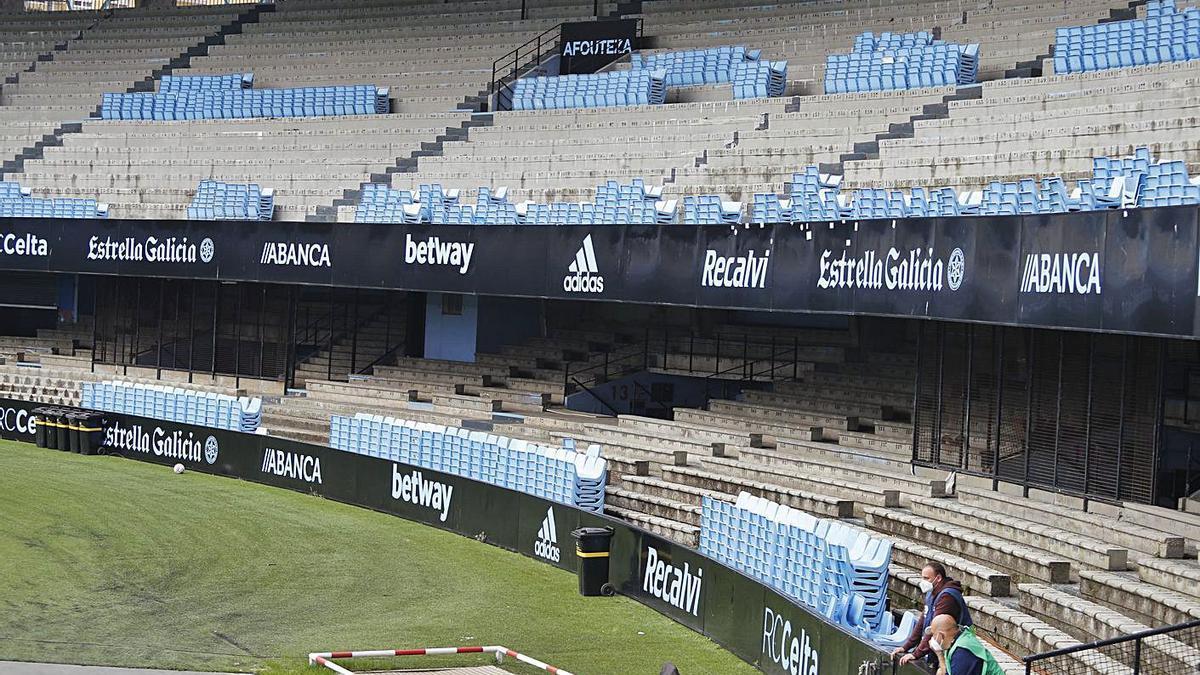 imagen reciente de Marcador, con los asientos desmontados.  // RICARDO GROBAS