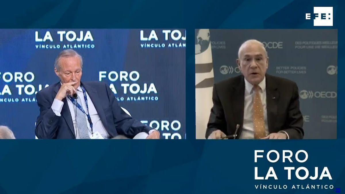 Piqué y Gurría, durante la charla // FdV