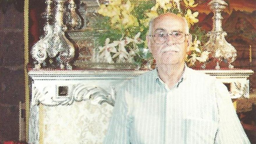 José García González, médico