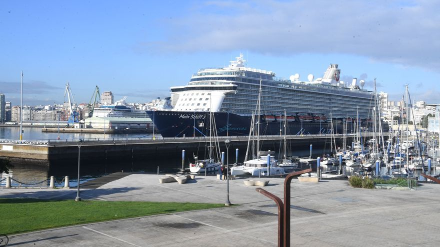 Detectados dos positivos en uno de los dos cruceros que hacen escala hoy en A Coruña