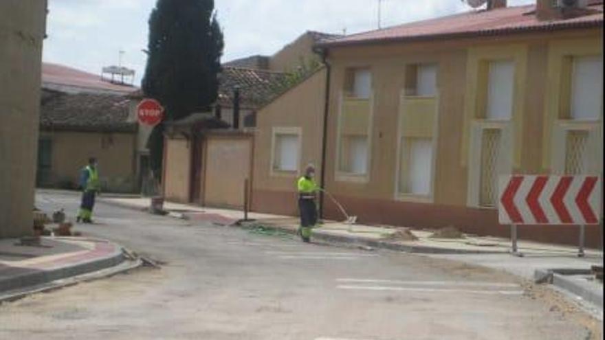 Continúa la mejora de la carretera ZA-504 en Tierra de Campos