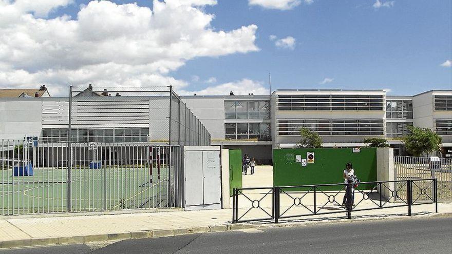 Educación oferta 750 plazas en los colegios para 521 niños de tres años
