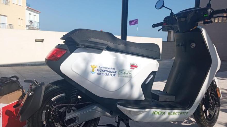 Guardamar de la Safor aposta per la sostenibilitat mediambiental en els edificis i vehicles públics