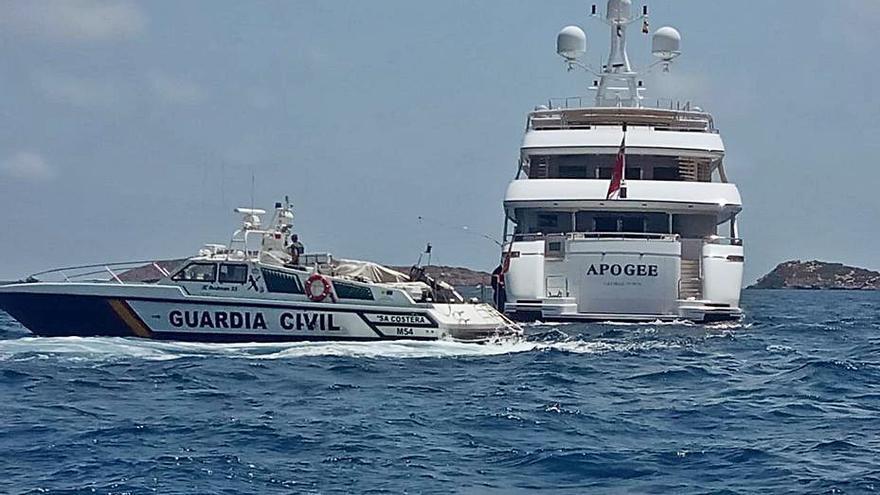 Levantadas 62 actas por «fondeos y chárteres ilegales» en Balears