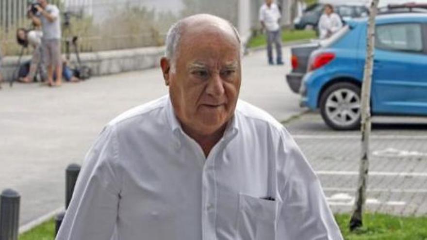 Amancio Ortega dóna 320 milions per equips oncològics a la sanitat pública