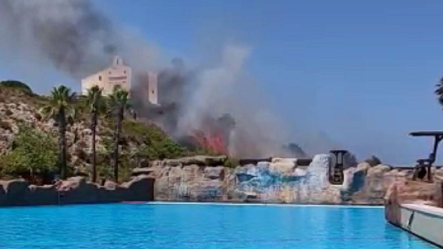 Así se ha vivido el incendio desde dentro de Aquópolis