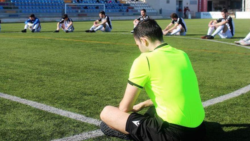 La Federación Valenciana de Fútbol acude a la justicia para poder jugar este fin de semana