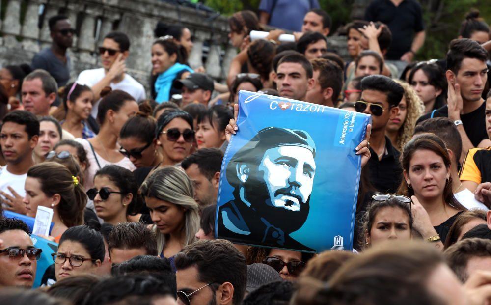 Los cubanos lloran la muerte de su líder