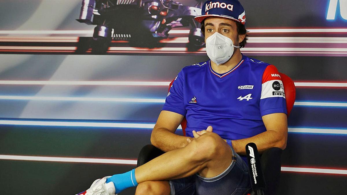 Alonso, ayer en el circuito de Hungaroring.    // EFE