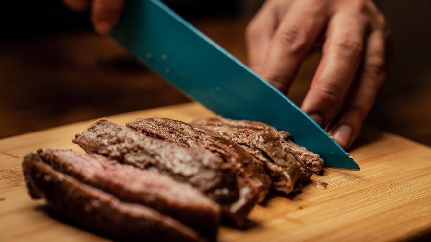 El truco de los nutricionistas para adelgazar comiendo lo que más prohíben