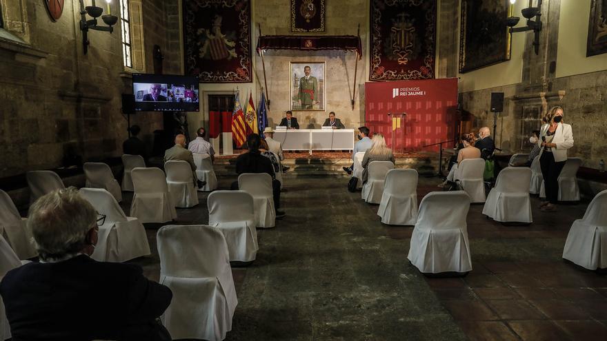 Los Jaume I defienden la ciencia y exigen mejorar su financiación y difusión