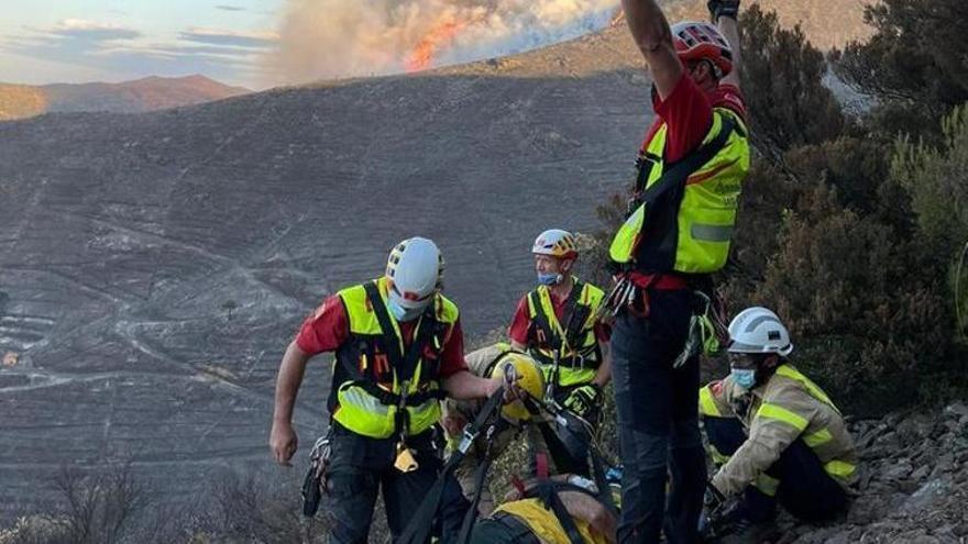 Una burilla, principal hipòtesi de l'origen del foc de Llançà, i hi ha dos bombers i un ADF ferits