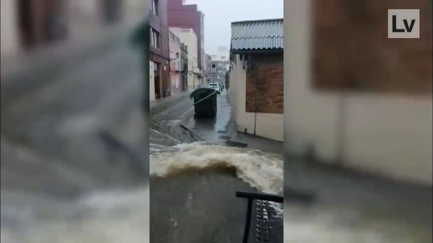 La tromba de agua deja 200 litros por metro cuadrado en Cullera