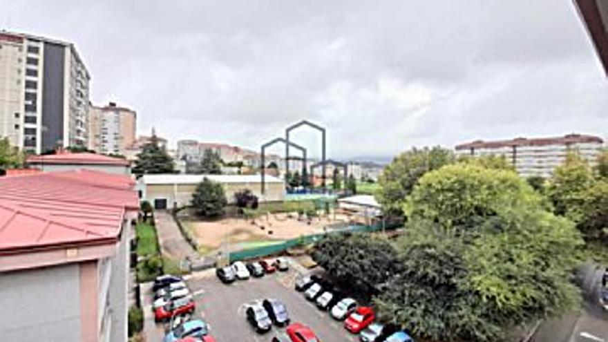 120.000 € Venta de piso en Coia (Vigo), 3 habitaciones, 1 baño...