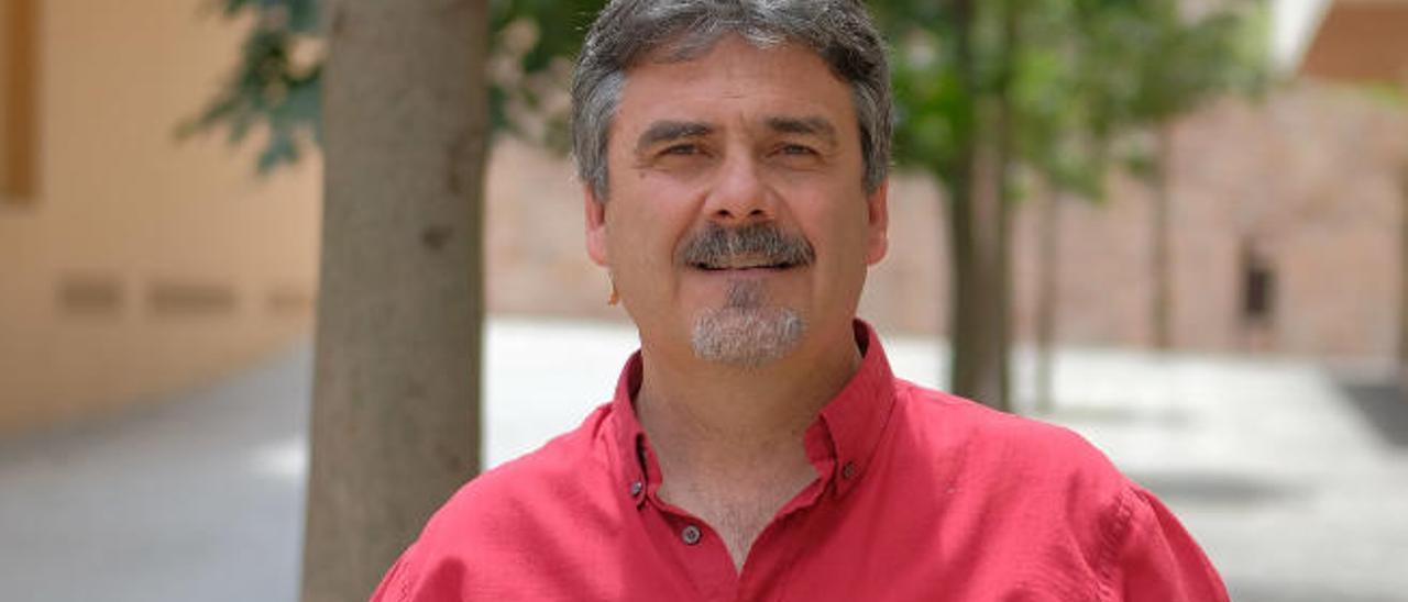 Óscar Prada.