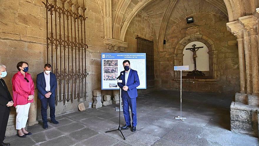 La conversión en museo del pazo episcopal tudense, a punto