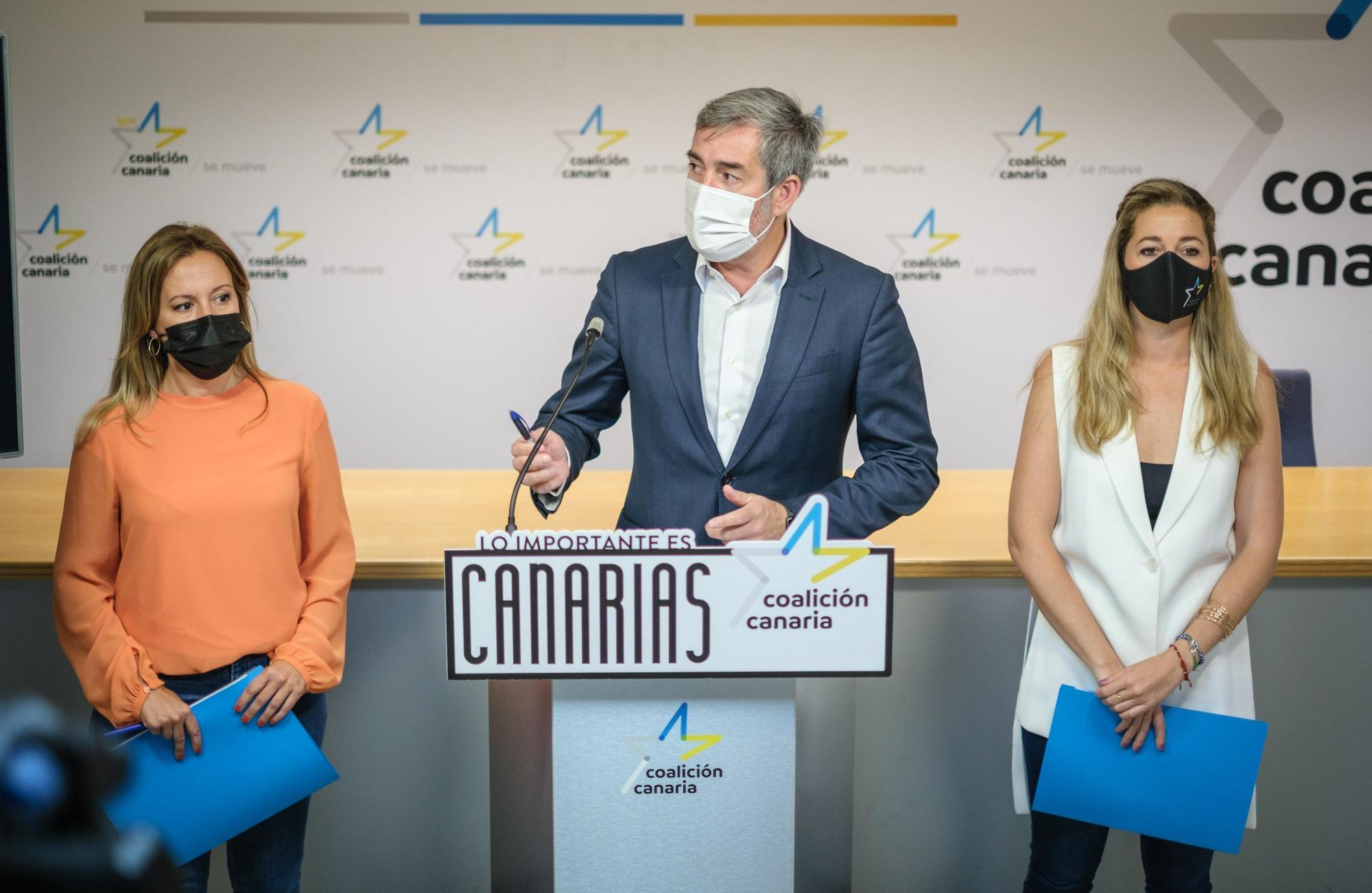 Rueda de prensa de Clavijo, Dávila y Meseguer en la que anuncian las acciones que llevarán a cabo los nacionalistas tras conocer las modificaciones del REF
