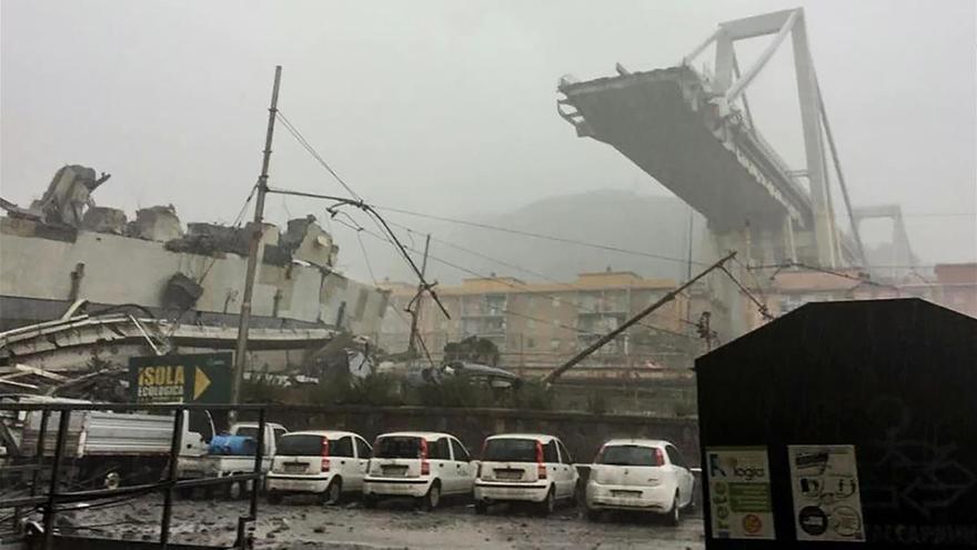 Atlantia cae un 25 % en bolsa tras el derrumbe del puente en Génova