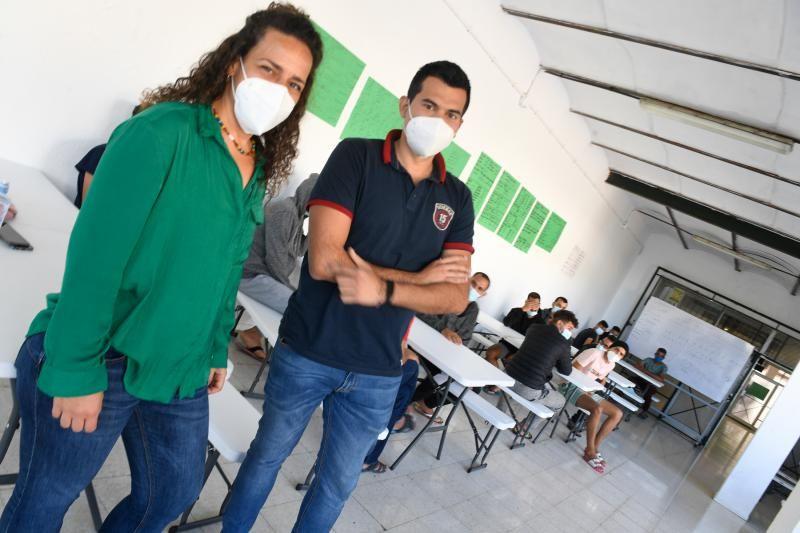 Migrantes en el Colegio León de El Lasso