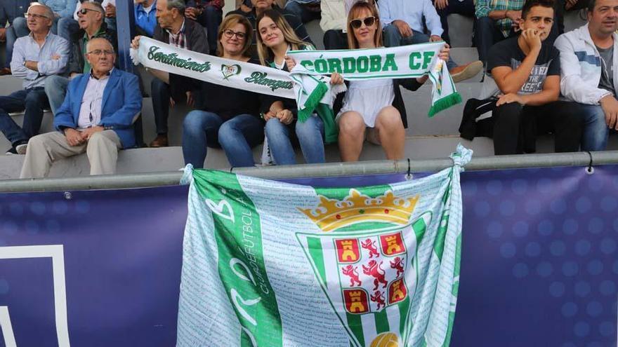 El Córdoba CF salva un punto a última hora ante el Yeclano (2-2)