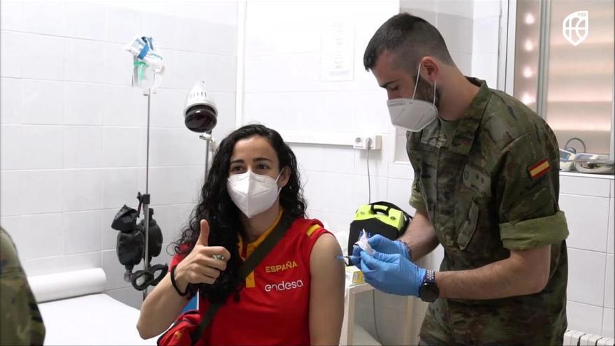 La selección española se vacuna contra el COVID-19 en Valencia
