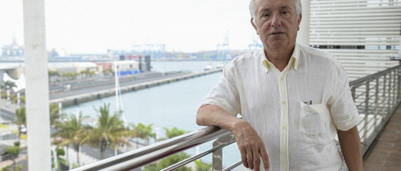 José Hernández en el centro comercial El Muelle días pasados.