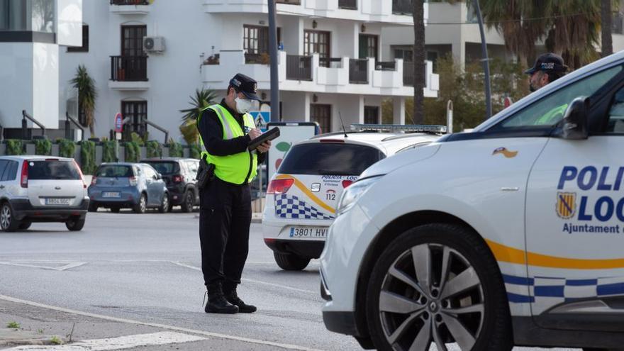 Un hombre intenta matar a otro con una motosierra en Ibiza