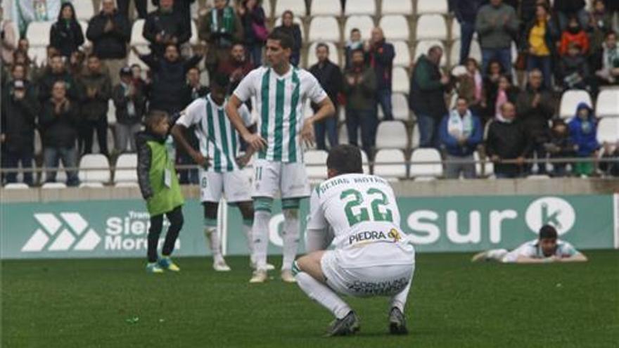 El Córdoba CF-Marbella, un partido de 'play-off'