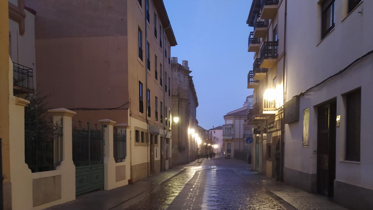 Jornada de lunes en el Casco Histórico de Zamora.