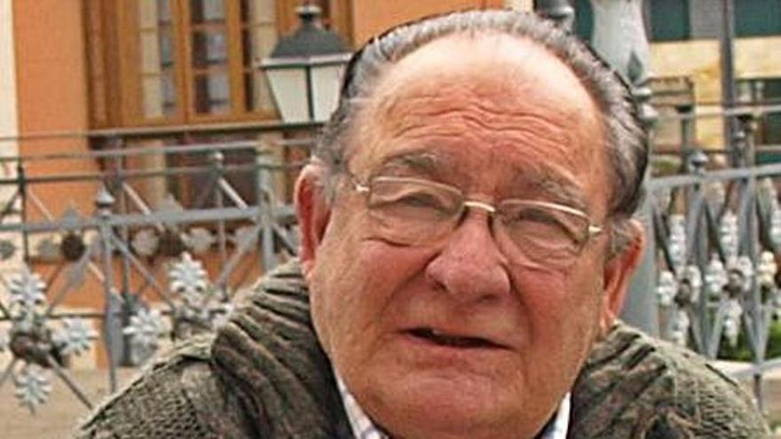 Casi 300 firmas apoyan nombrar a Tino Fombona hijo predilecto de Noreña