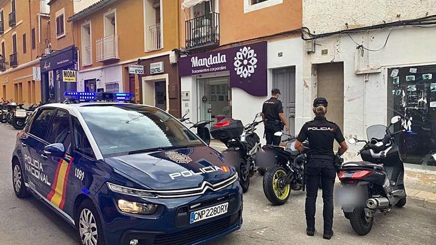 La colaboración de vecinos y policía evita una nueva okupación ilegal en Dénia
