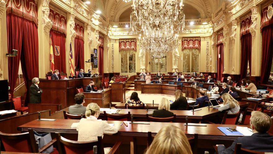 El Parlament aprueba un techo de gasto de 5.176 millones de euros en 2022