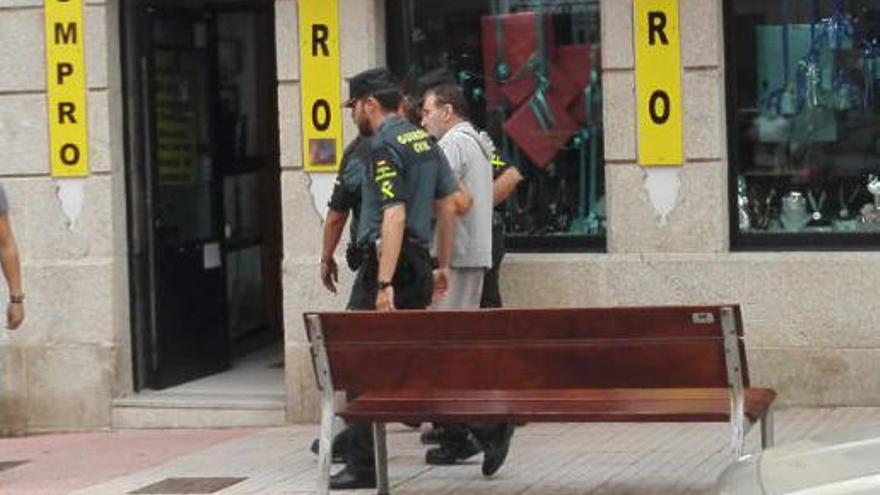 Prisión para el detenido que intentó matar a tiros al hijo de su mujer en su piso de Arcade