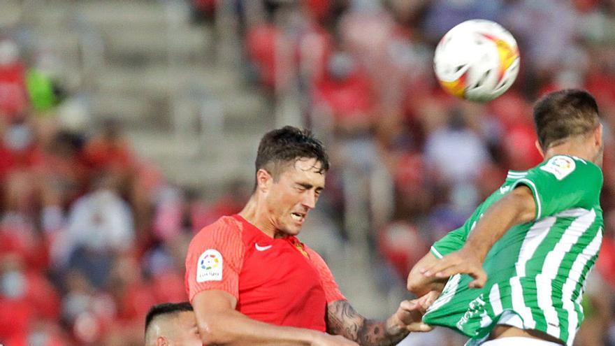 El Mallorca lleva dos meses sin Raíllo