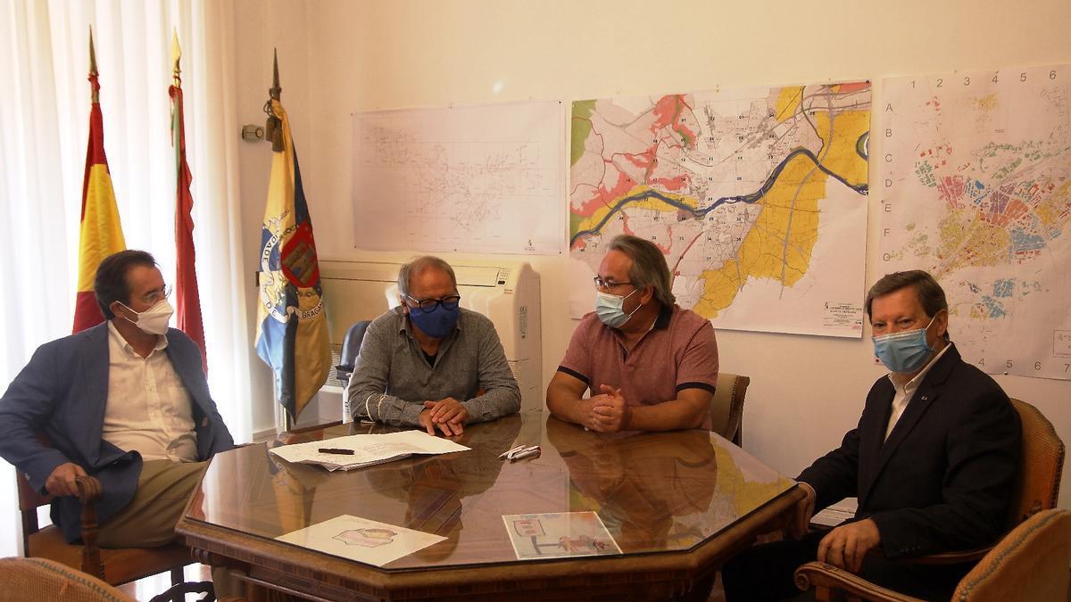 Un momento de la recepción, en el Ayuntamiento de Zamora.
